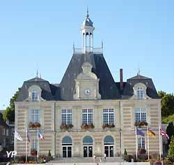 On trouve tout au salon des maires for Mairie de salon de provence etat civil