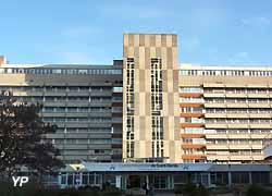 centre hospitalier général Delafontaine (doc. Yalta Production)