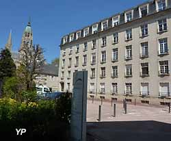 Hôpital de Bayeux (doc. Yalta Production)