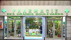 pharmacie sur les Grands boulevards à Paris